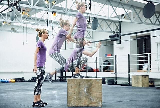Crossfit-Übung: Box Jumps